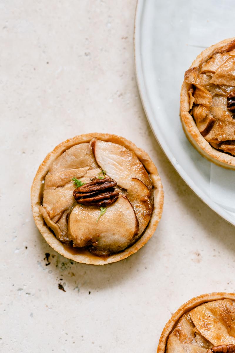 Tartelettes rustiques gourmandes pommes caramel salé